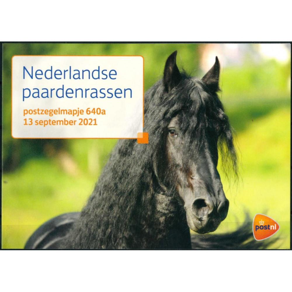 2021 Nederland 2 postzegelmapjes | Nederlandse Paardenrassen