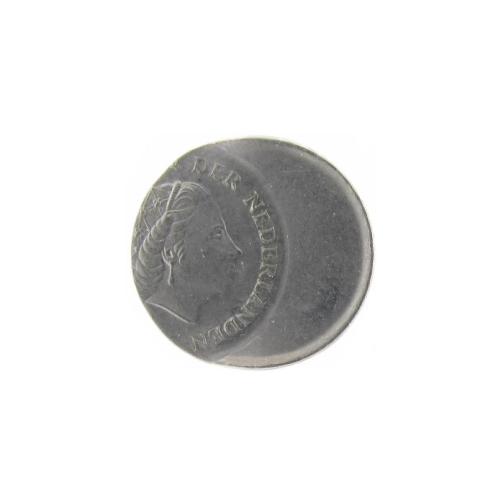 Misslag: 10 cent 1978 zwaar excentrisch geslagen